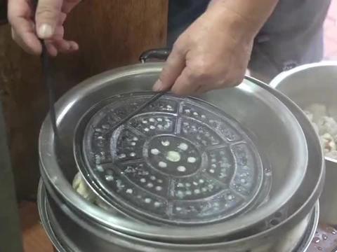 高压锅烧麦,26年来老板坚持每天只卖一小时,果然有钱就是任性!