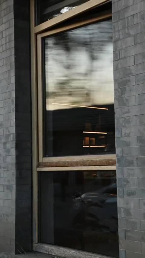 太爱章若楠的颜了!这段 里湿发推窗的同款视频,真的太美了!……