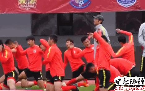 30岁中超欧冠级外援发声:中国球员可以去葡萄牙留洋!