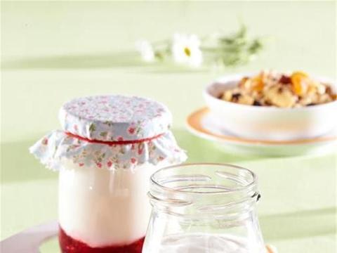 一岁八个月宝宝可以喝酸奶吗,20个月的宝宝可以喝酸奶吗