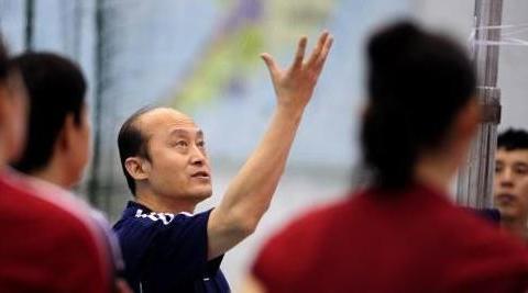 """排超联赛最""""蠢""""教练出炉,胡进赵勇并列第一,李岩龙紧随其后"""
