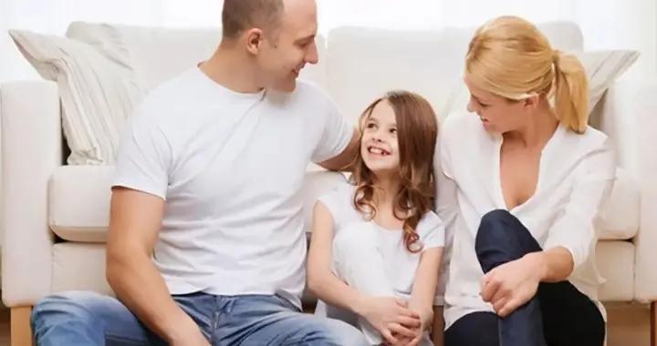 比起金钱物质,孩子更需要的是陪伴,那才是父母爱的模样