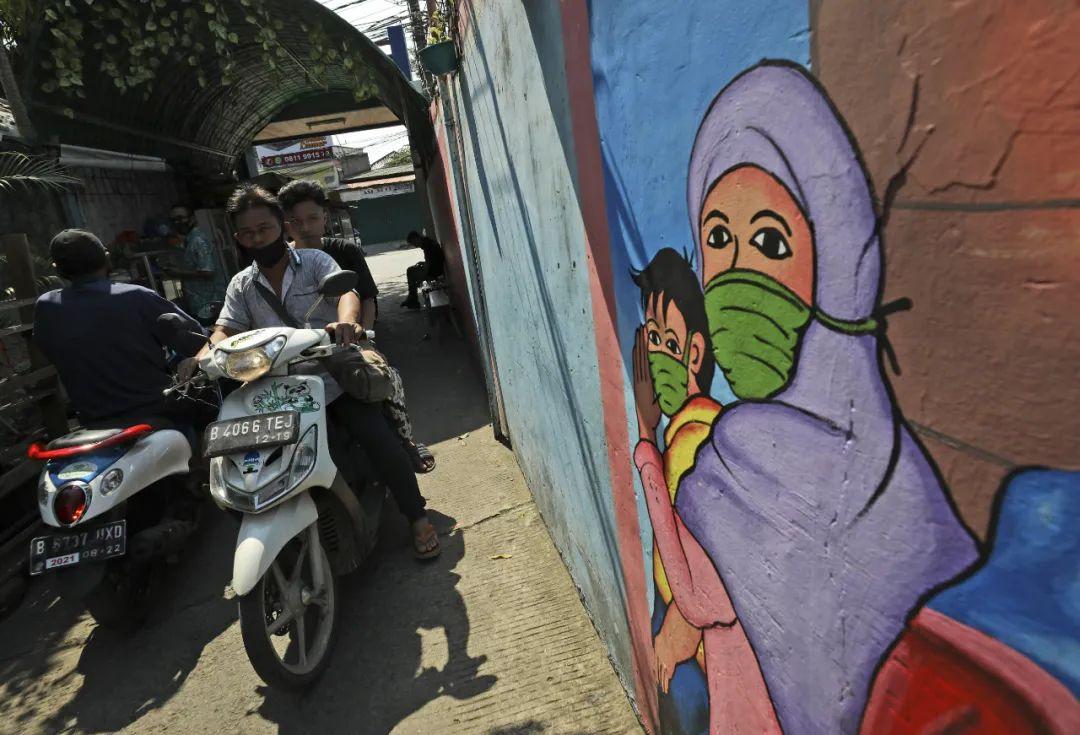 外媒挖空心思抹黑中国疫苗 印尼网友说了心里话图片