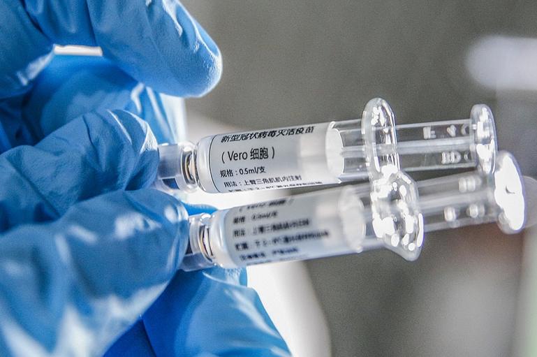 """美媒感叹:中国新冠疫苗或成发展中国家""""生命线""""图片"""