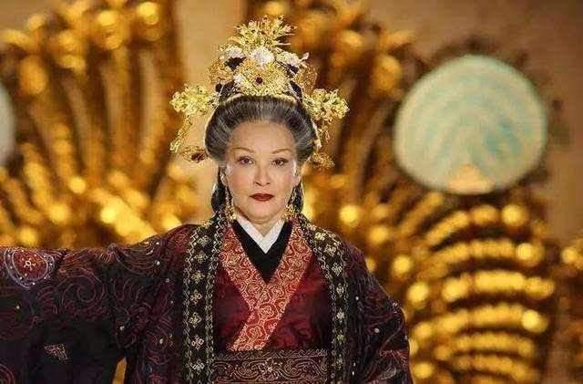 窦太后逼汉景帝传位梁王刘武,景帝都答应了,最后为何刘彻是皇帝