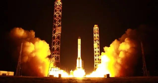 俄航天集团专家提议使用电磁炮弹向太空发射卫星