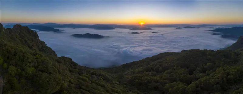 【视界】惊艳!当֒星֒河֒与֒云֒海֒在֒云֒南֒相֒遇֒~图片