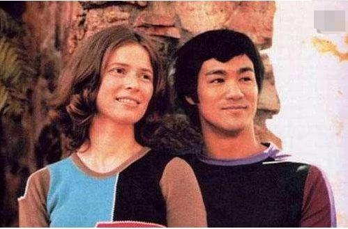 李香凝,作为功夫巨星李小龙唯一的女儿;她现在过得怎么样了?