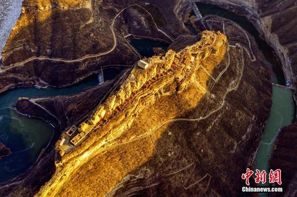 陕西延安:黄河出现流凌 实拍乾坤湾壮观场景