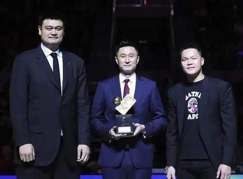 篮球有广东宏远,足球有广州恒大,广东球队老是夺冠的秘诀是什么