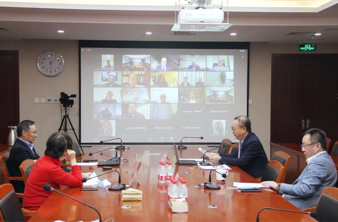 纺织头条   孙瑞哲主席主持国际纺联工作会议,提出启动智库建设、设立年度奖励、推进标准化工作三大重点