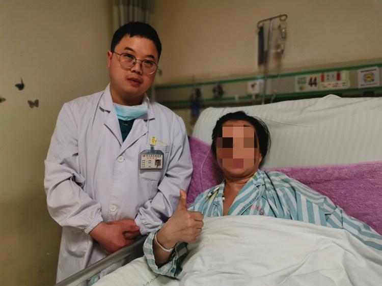 厉害了!巨大肿瘤侵蚀胸壁,专家团队精湛医术保肢重建