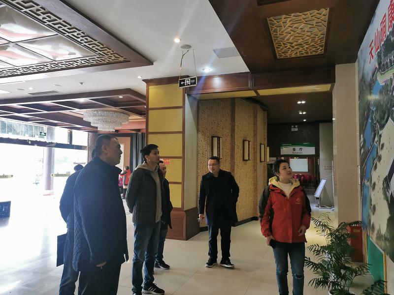 省市场监管局唐波副处长率队调研纳溪社会企业申报和行政审批工作