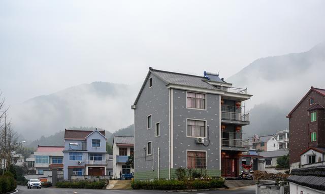 浙江省最美的乡村之一,道路干净,环境幽静,住在这的人特别快乐