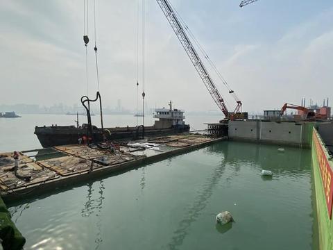 大连湾海底隧道施工,与堵口沉箱三次惊心动魄的搏击!