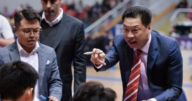朱世龙后第二人下课!李春江卸任广厦主教练,有人比他更该下课
