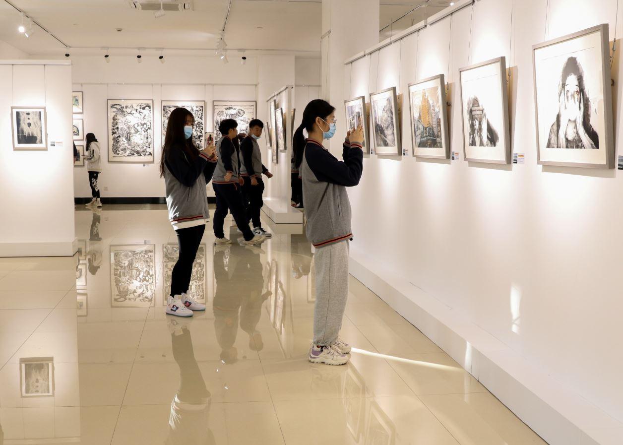 上海为何将这个青年版画展办在高校?近90年前的启示仍具现实意义