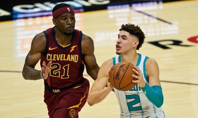 三球拉梅洛NBA处子秀未得分!黄蜂不敌骑士