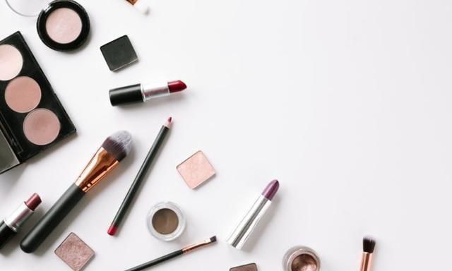 「美妆新手必看」6步骤完整妆容教学!刚接触化妆品该怎么上妆?