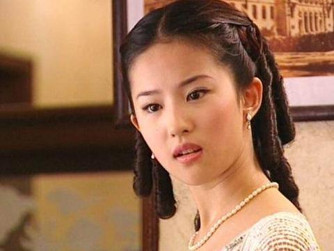 女星第一部戏,刘亦菲,杨幂,刘诗诗,baby,谁是自然美一目了然