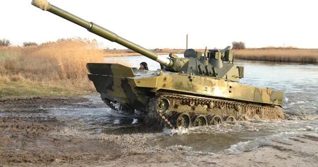 空降战车当坦克卖,装甲薄弱近乎裸奔,一炮秒