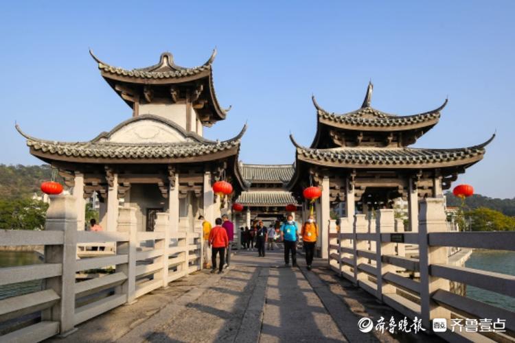 世界上最早的启闭式桥梁——潮州广济桥