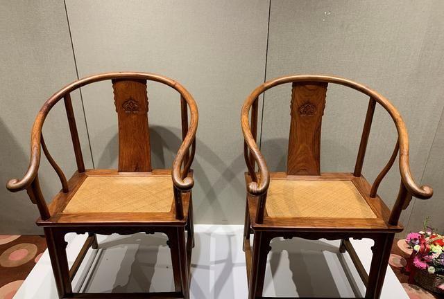 椅圈、靠背、腿足间,黄花梨圈椅不同在这里
