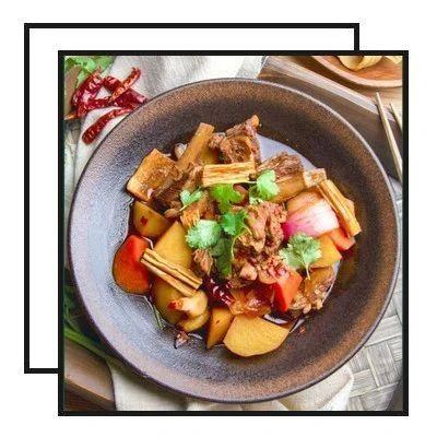 【明天吃】肥牛饭团、鸡蛋酱、豆苗培根卷、剁椒蒸鸡翅、香辣羊肉锅
