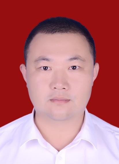 市劳动模范53∣薛长亮:刷新码头件杂货作业量历史新高