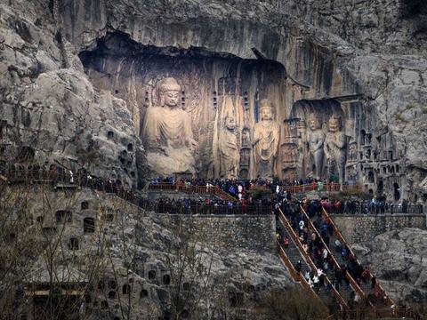 拓跋焘灭佛和后世的盗挖导致龙门石窟遭受极大损失