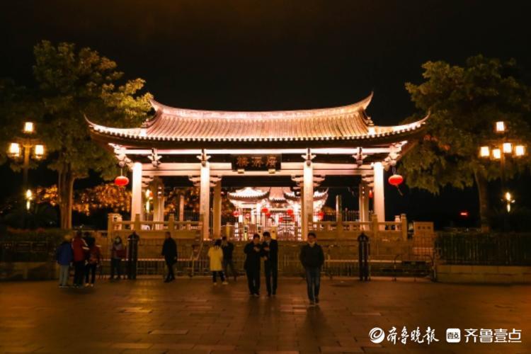 潮州广济桥晚上景色更迷人