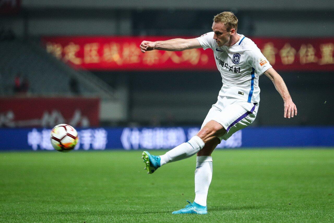 巴斯蒂安斯:中国后卫达不到德乙水平 金钱现在不是我踢球的动力