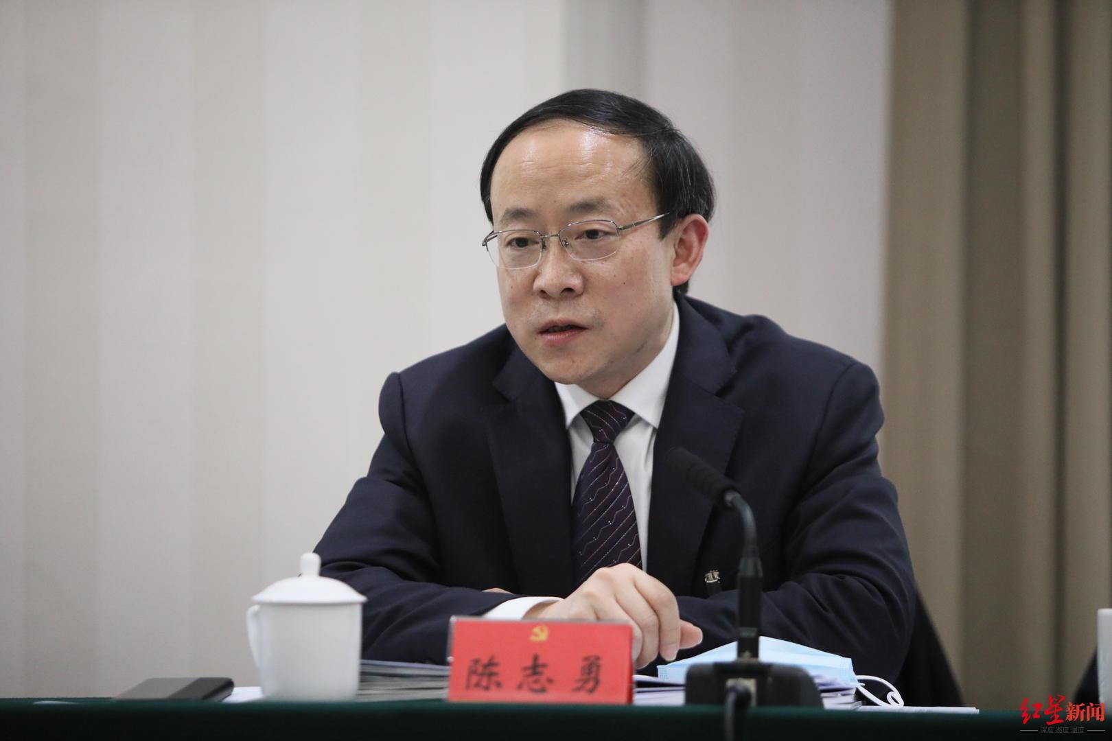 成都锦江区委书记:将沿东大街打造春熙路国际顶级商圈