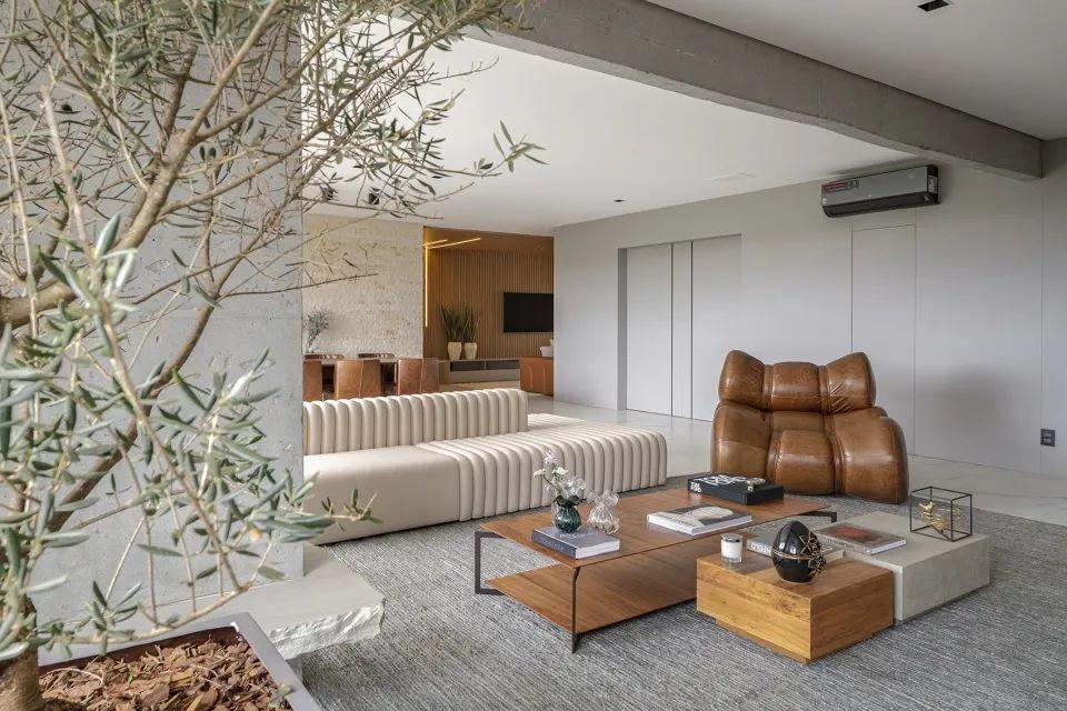 今日屋主丨保留混凝土元素,竟然把家变得这么野奢高级?