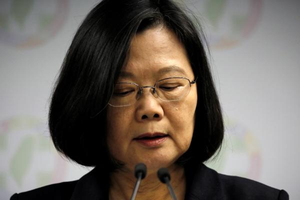 """北京日报:""""台湾保证法""""?""""台湾炮灰法""""!图片"""