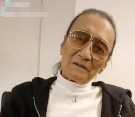 81岁谢贤近况惹担忧,口齿含糊不清,身材消瘦面容憔悴