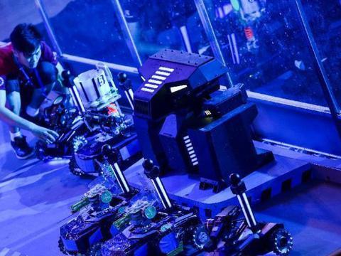 机器人对抗赛夏令营宣传片梦想的权利,应该把努力变成一种习惯