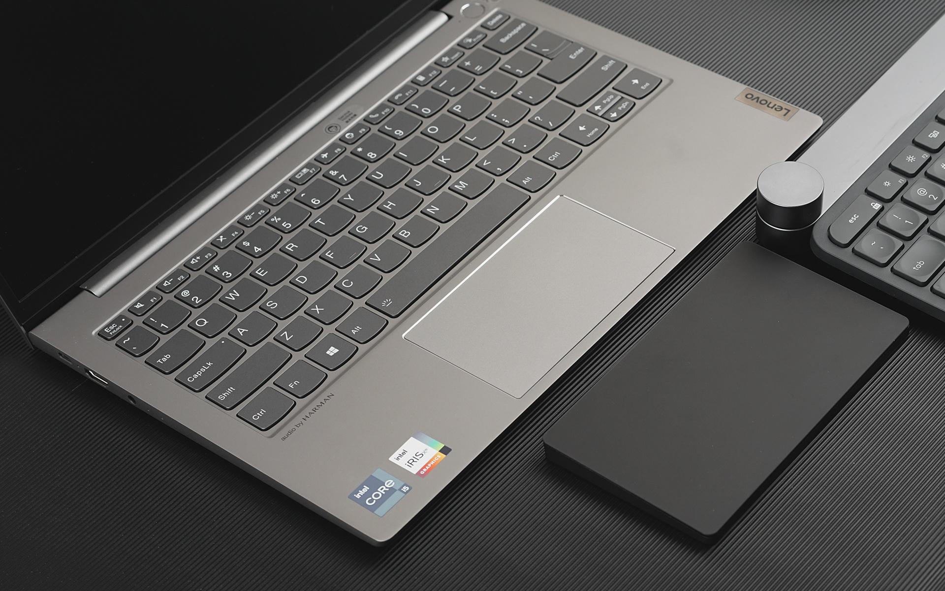 BRYDGE W-Touch触控板体验:告别鼠标手轻办公利器