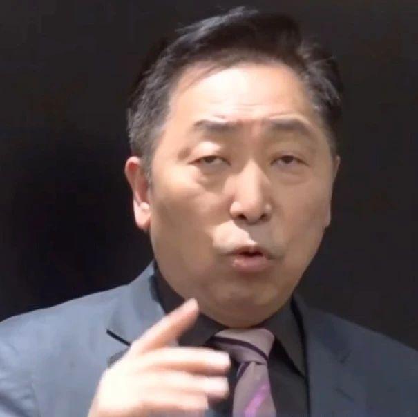视频| 台名嘴:台湾挣着大陆的钱却幻想跟大陆开战