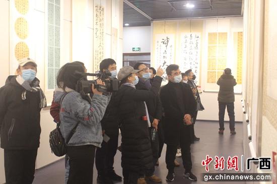 桂林兴安县举办第三届水墨灵渠兴安书画作品展