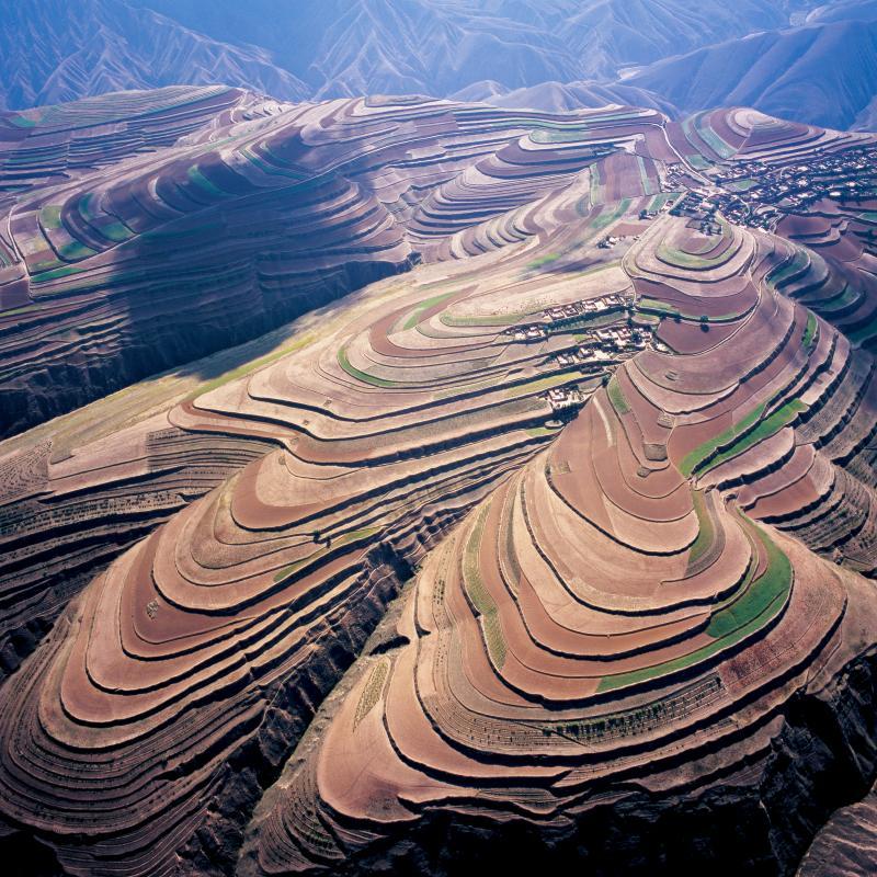 陕西加强土壤污染防治 完成受污染耕地安全利用65万亩
