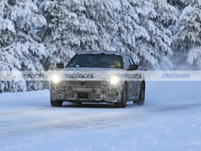 宝马2系双门版新车谍照!搭2.0T引擎,配M运动套件,鸭尾造型设计