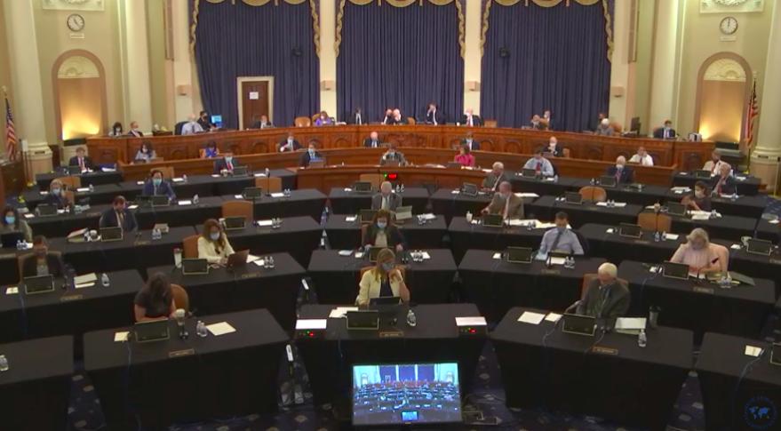 美国众议院军事委员会投票现场