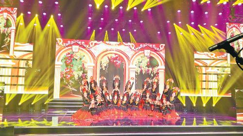 """2020感动中国""""华艺杯""""第二届舞蹈模特合唱电视大赛在京举行 乌职大舞蹈作品《丝路鼓韵》获金奖"""