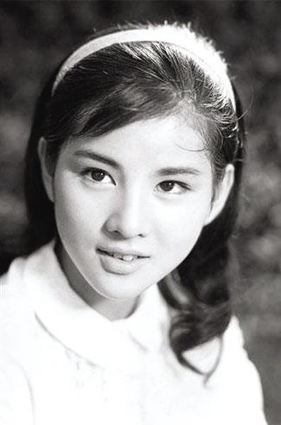 历史上的今天 1945年3月13日日本国宝级影后吉永小百合女士寿诞