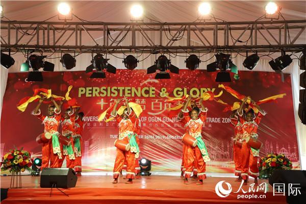 中尼民间用心灵交流 共同为中国祈祷加油