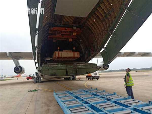 美兰机场完成深海采油树跨境包机运输保障任务图片