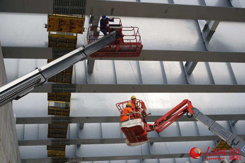 浙江台州:高架快速路施工忙图片