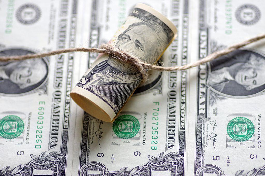 美联储降息至0+7千亿QE,有效药方还是饮鸩止渴?图片