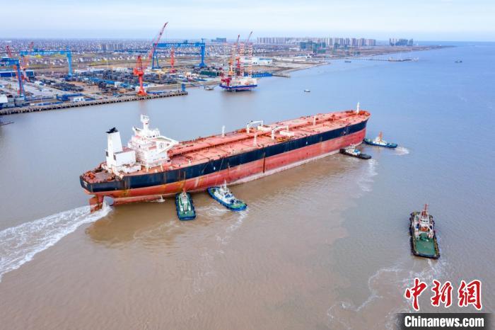 世界最大型浮式生产储卸油平台改